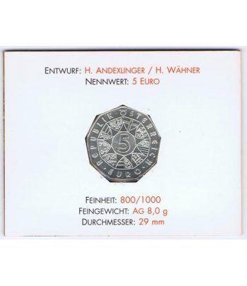 moneda Austria 5 Euros 2002 (nueve esquinas) Zoo. Elefante  - 2