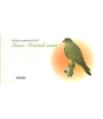 4377 Fauna y Flora (2008) CERNICALO COMUN (carnet de 100 sellos)  - 2